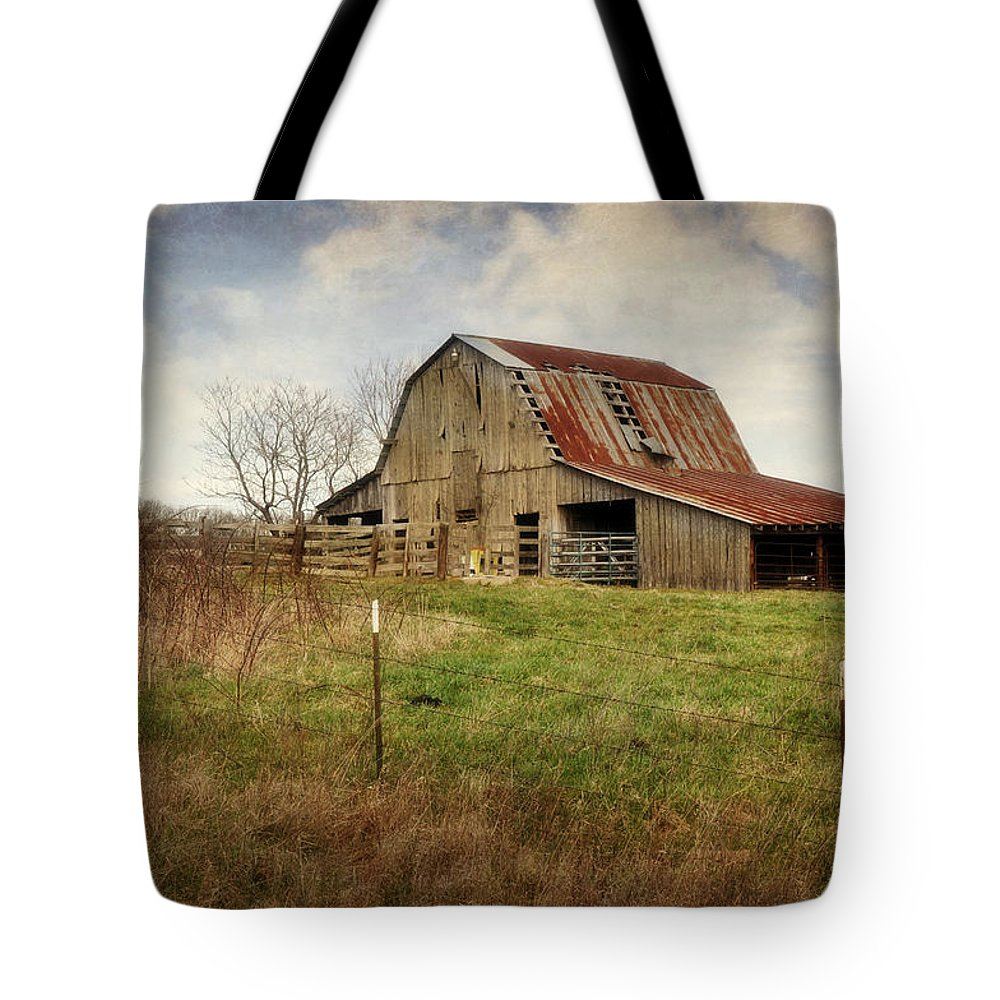 Barn Tote Bag featuring the photograph White River Trace Barn 2 by Marty Koch