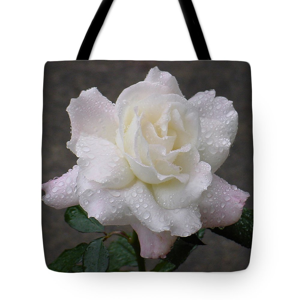 White Tote Bag featuring the photograph White Rose In Rain - 3 by Shirley Heyn