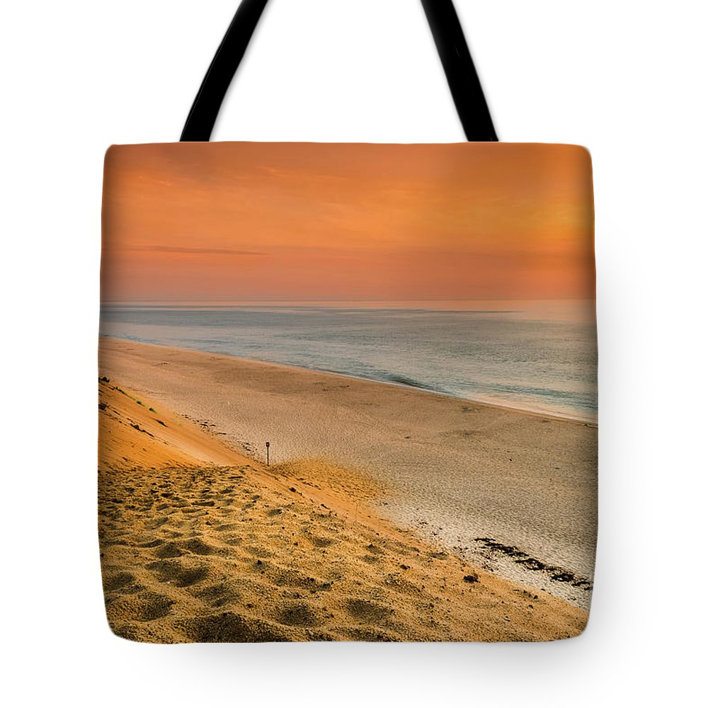 Beach Tote Bag featuring the photograph WhiteCrest by Heather Hubbard