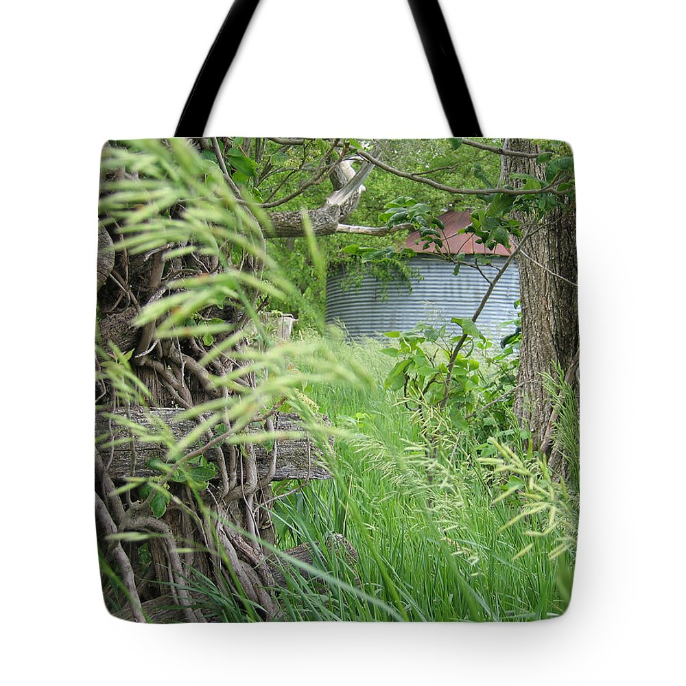 Farm Tote Bag featuring the photograph Wilbur's Bin by Dylan Punke