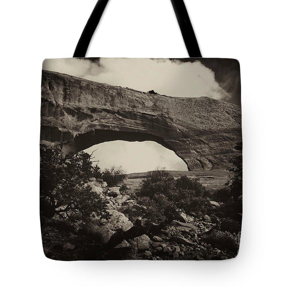 Wilson Arch Utah Landscape Scene Scenery Natural Bridge Black White Monochrome Sepia Tote Bag featuring the photograph Wilson Arch No 1a by Ken DePue