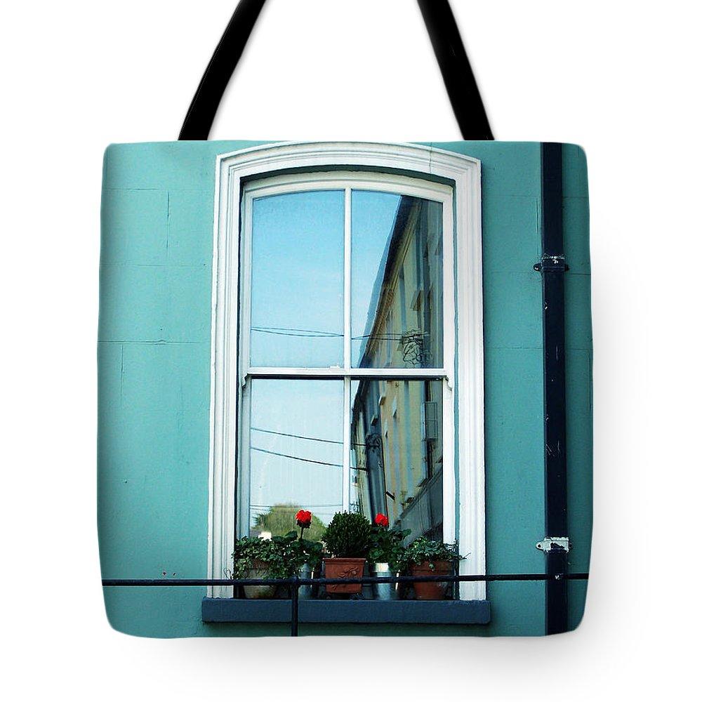 Irish Tote Bag featuring the photograph Window In Ennistymon Ireland by Teresa Mucha