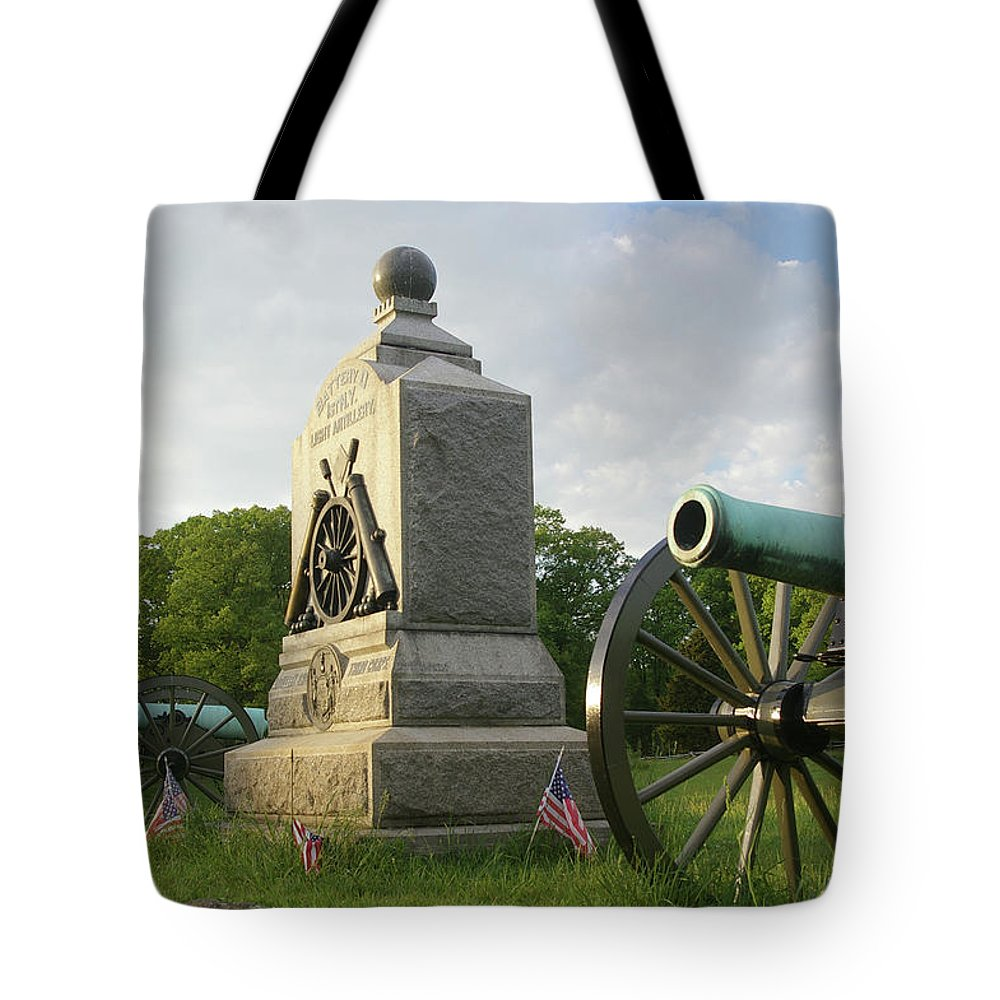 Gettysburg Tote Bag featuring the photograph Winslow's Battery by Jen Goellnitz