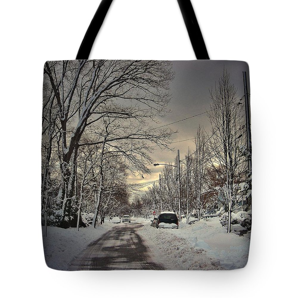 Snow Tote Bag featuring the digital art Winter Landscape by Mikki Cucuzzo