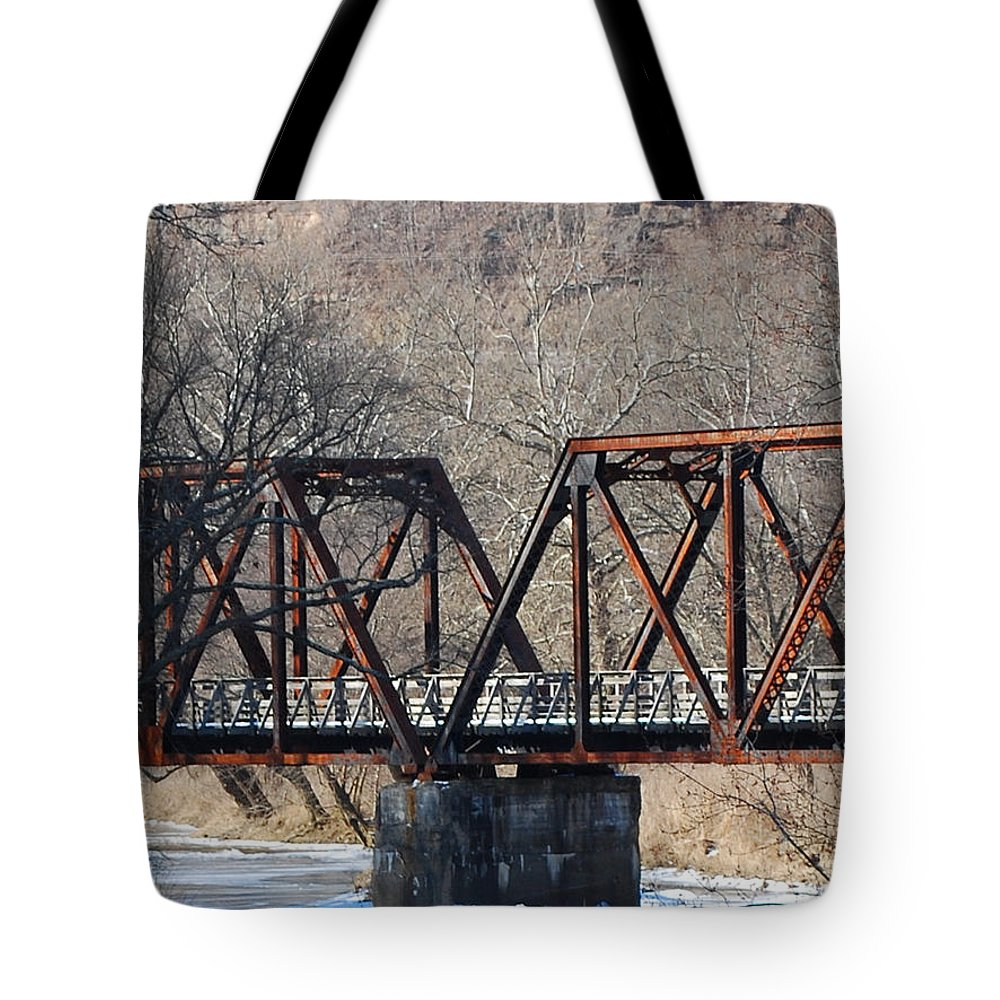 Trestle Tote Bag featuring the photograph Winter On Knapps Creek by Randy Bodkins