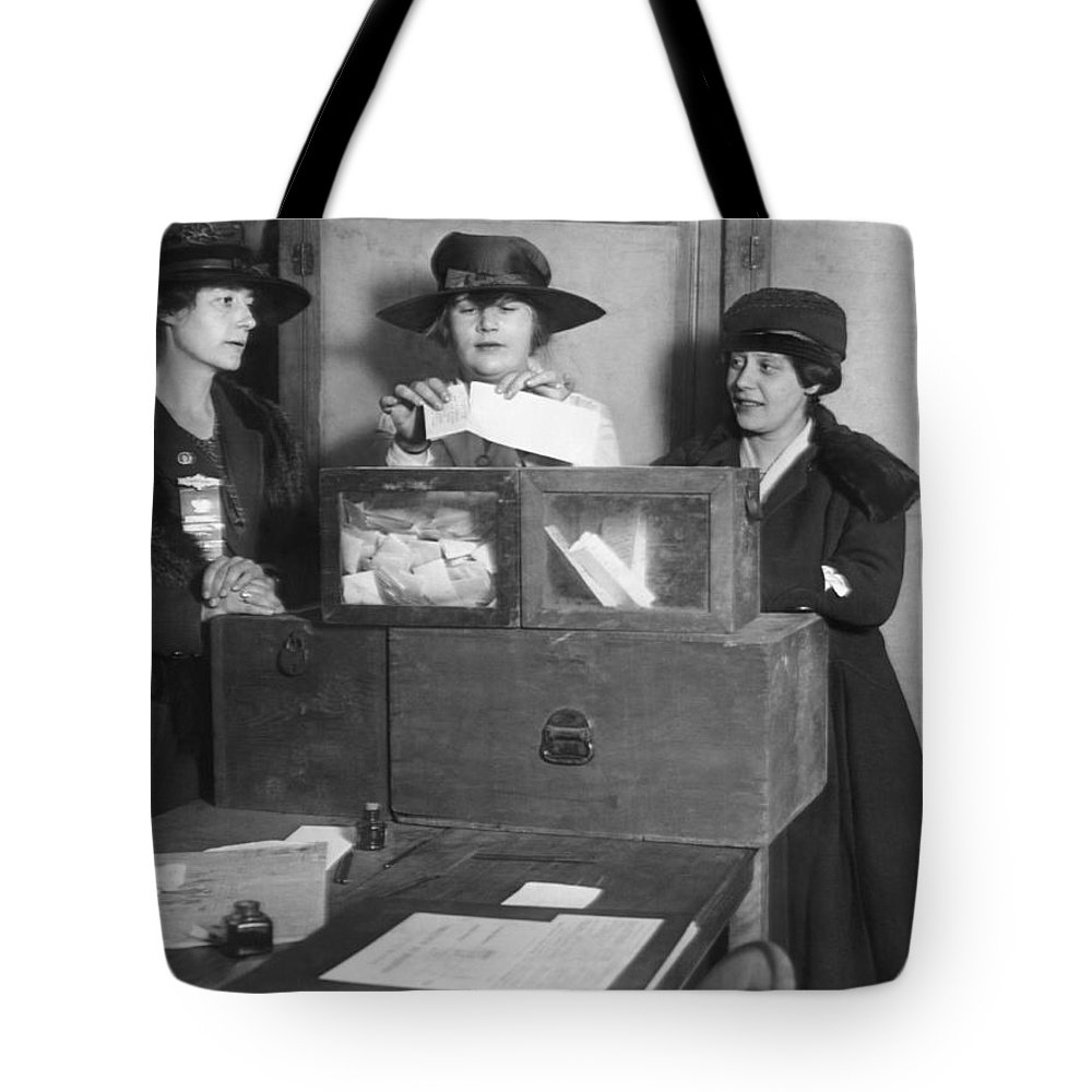 1910s Tote Bag featuring the photograph Women Voting In New York City by Underwood Archives