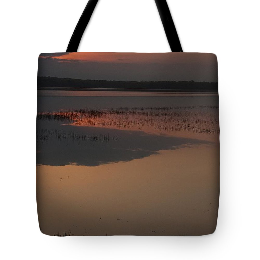 Sunrise Tote Bag featuring the photograph Worden's Pond Sunrise 1 by Steven Natanson
