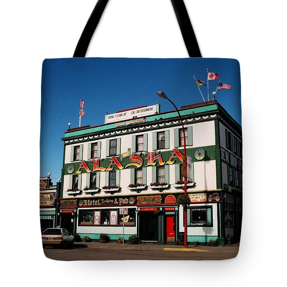 North America Tote Bag featuring the photograph World Famous Alaska Hotel by Juergen Weiss