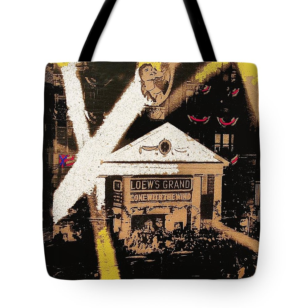 World Premiere Gone With The Wind Atlanta Georgia 1939-2008 Tote Bag featuring the photograph World Premiere Gone With The Wind Atlanta Georgia 1939-2008 by David Lee Guss