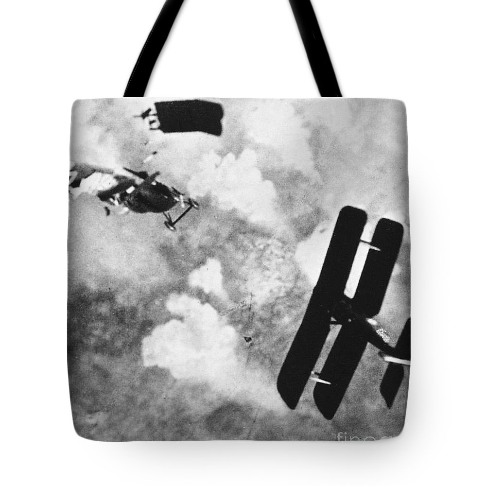 1914 Tote Bag featuring the photograph World War I: Aerial Combat by Granger