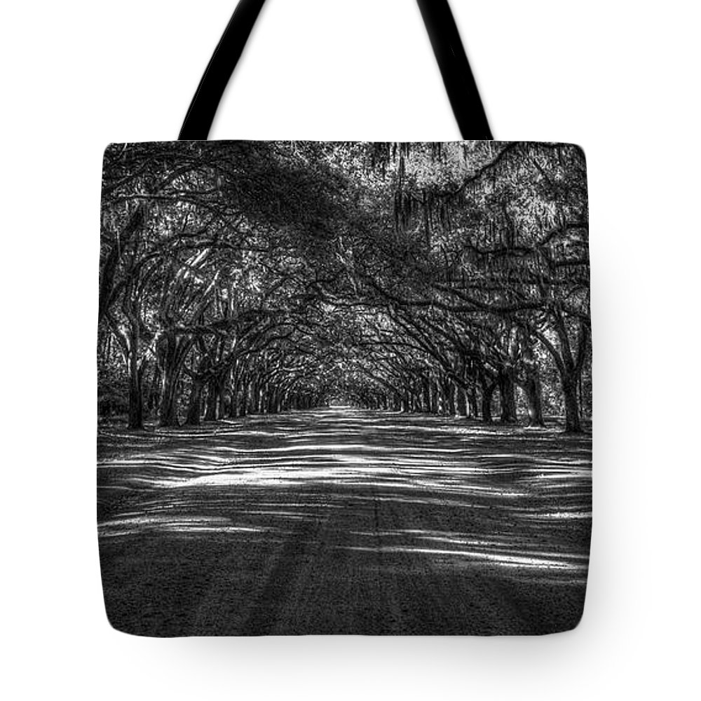 Reid Callaway Wormsloe Plantation Tote Bag featuring the photograph Wormsloe Plantation 2 Live Oak Avenue Art by Reid Callaway