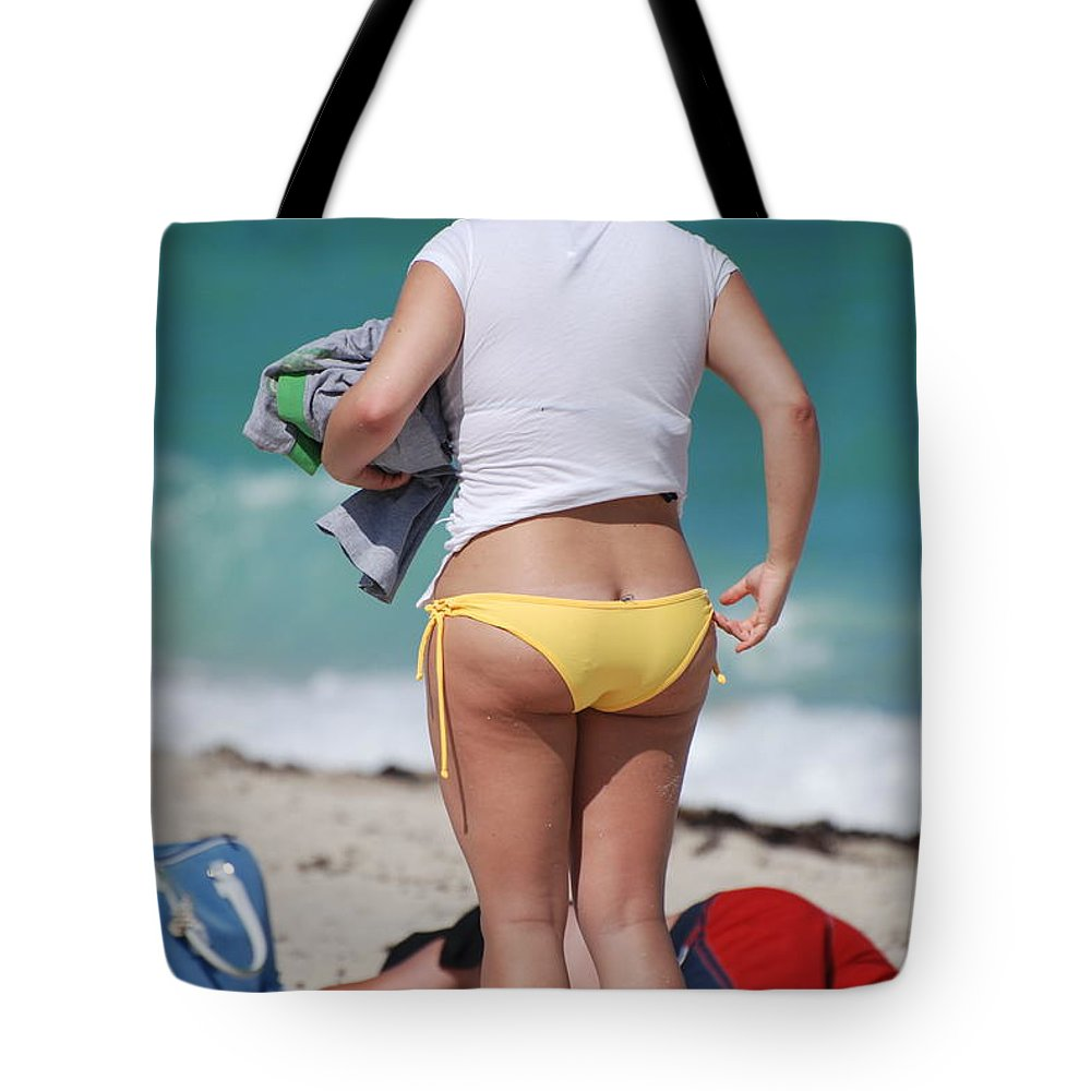 Sea Scape Tote Bag featuring the photograph Yellow Bikini Bottom by Rob Hans