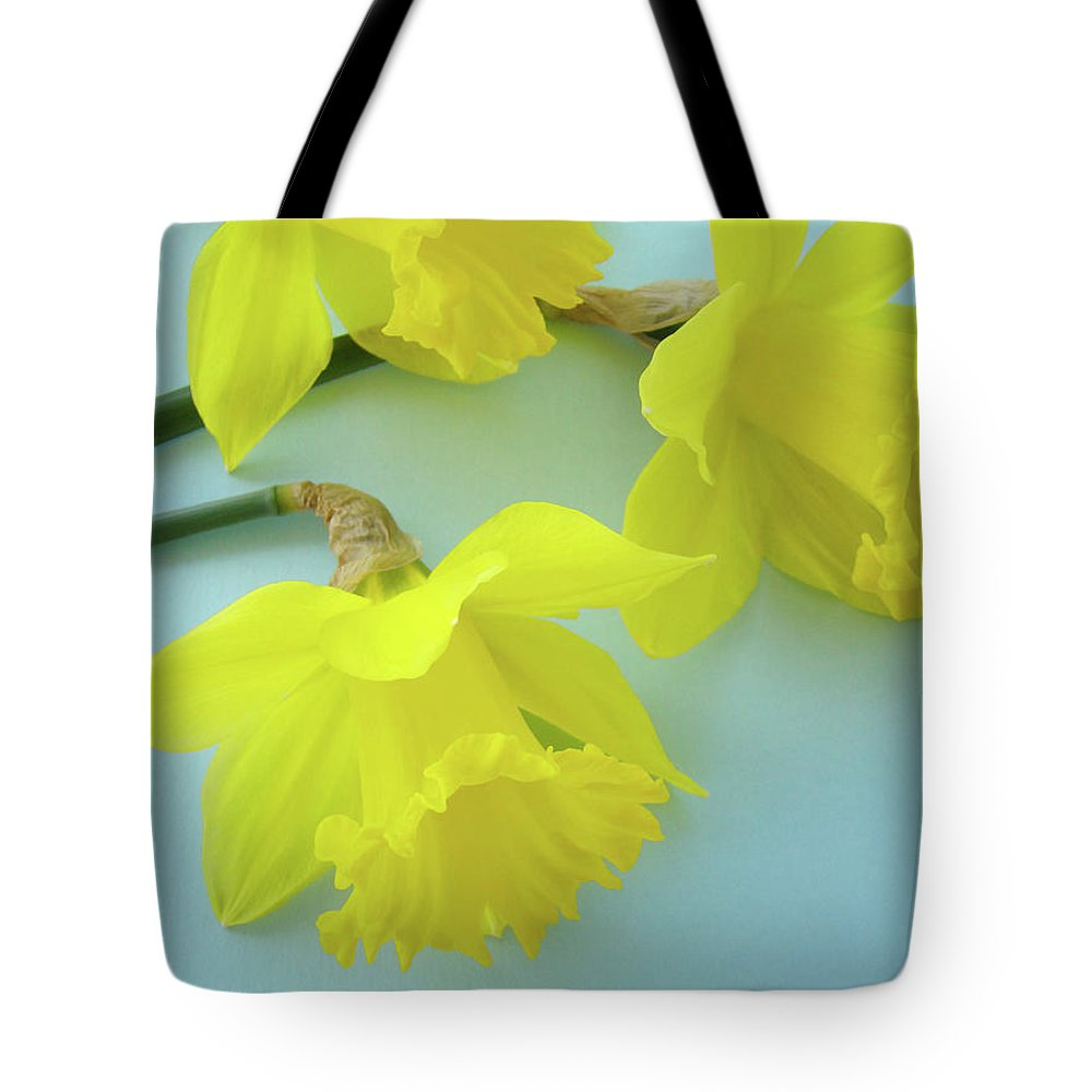 �daffodils Artwork� Tote Bag featuring the photograph Yellow Daffodils Artwork Spring Flowers Art Prints Nature Floral Art by Baslee Troutman