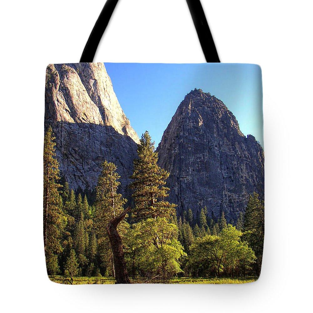 Yosemite Tote Bag featuring the photograph Yosemite Valley Pinnacle - California by Glenn McCarthy Art and Photography