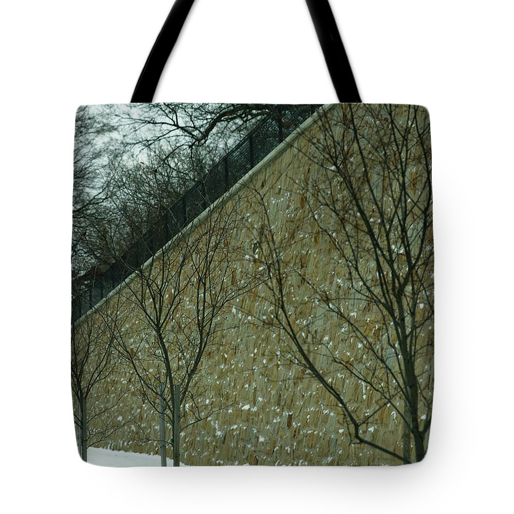 Grand Rapids Tote Bag featuring the photograph Your Line Of Direction by Linda Shafer