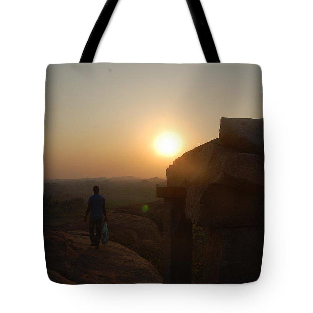 Tote Bag featuring the photograph Zonn by Sharine Rijsenburg