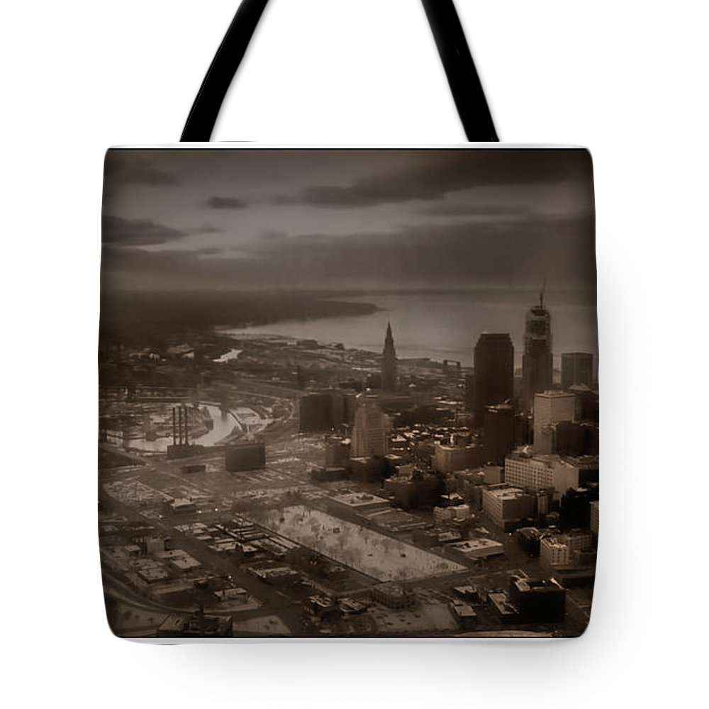 Cleveland Tote Bag featuring the photograph 092608-4-a by Mike Davis