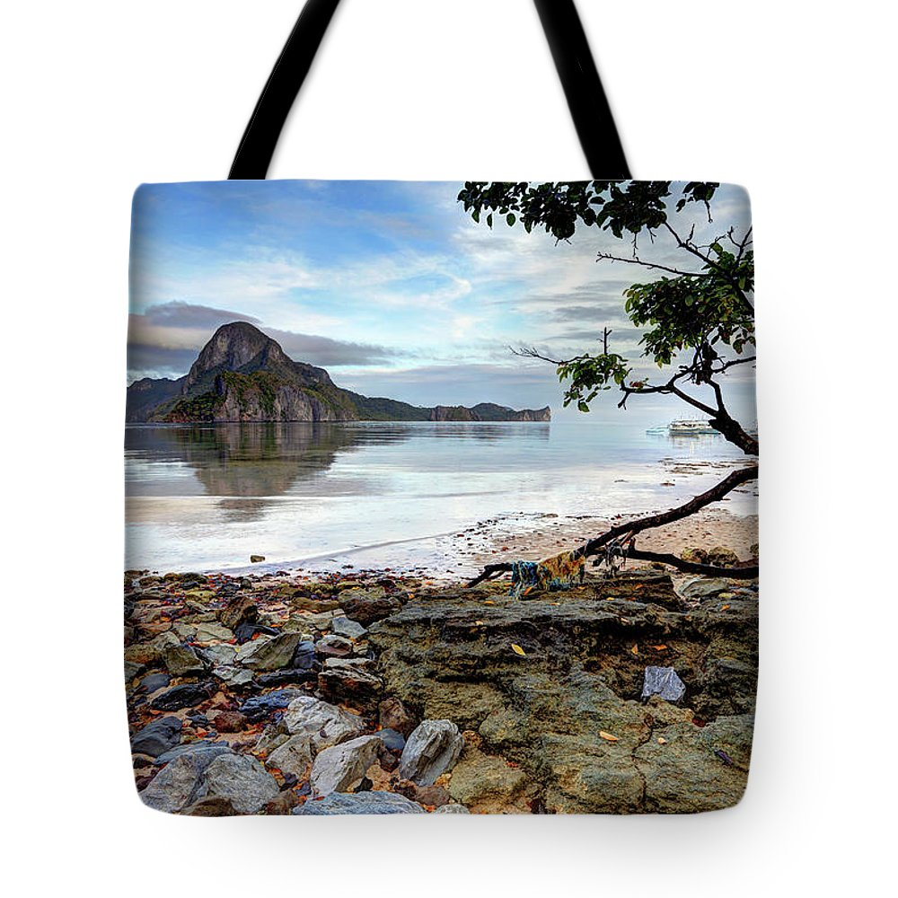 Water's Edge Tote Bag featuring the photograph Beautiful El Nido Landscape by Vuk8691