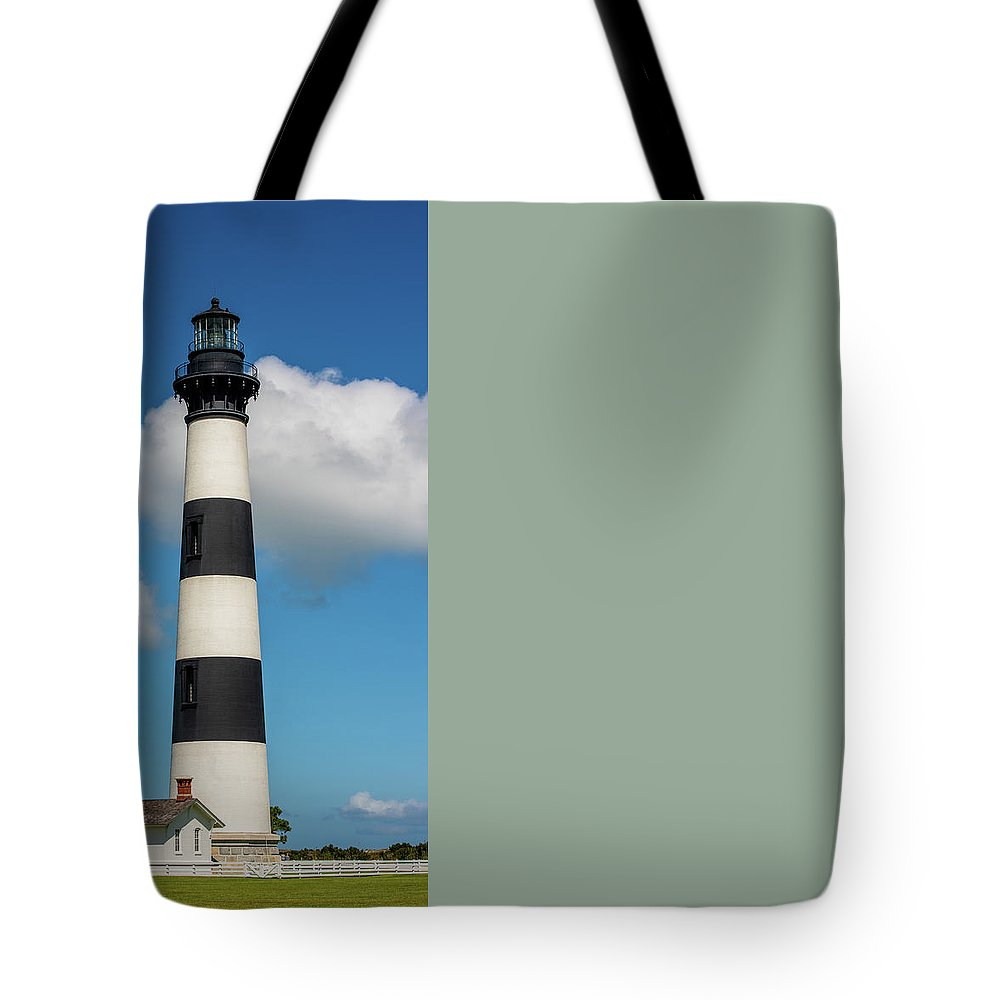 Lighthouse Tote Bag featuring the photograph Bodie Island Lighthouse by Robert Moorhead
