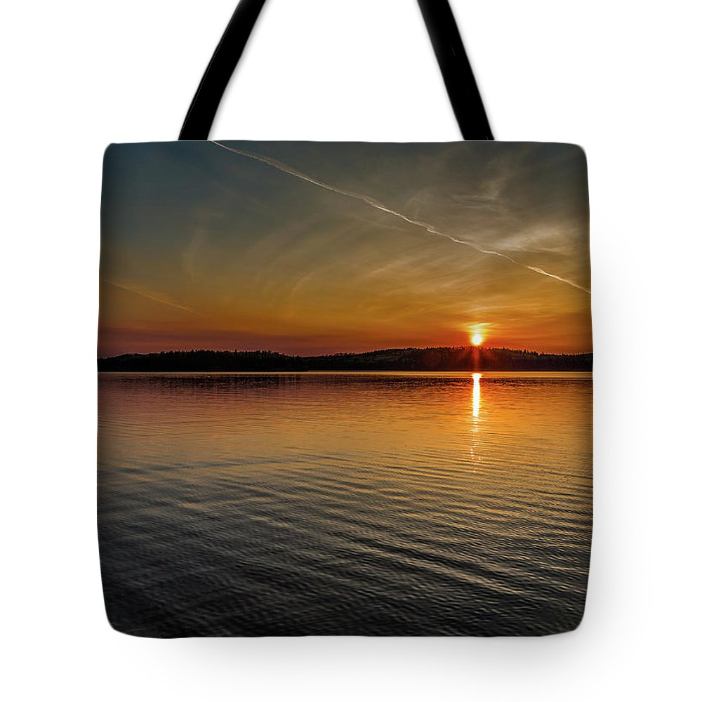 Sunset Tote Bag featuring the photograph Dog Lake Sunset by Joe Holley