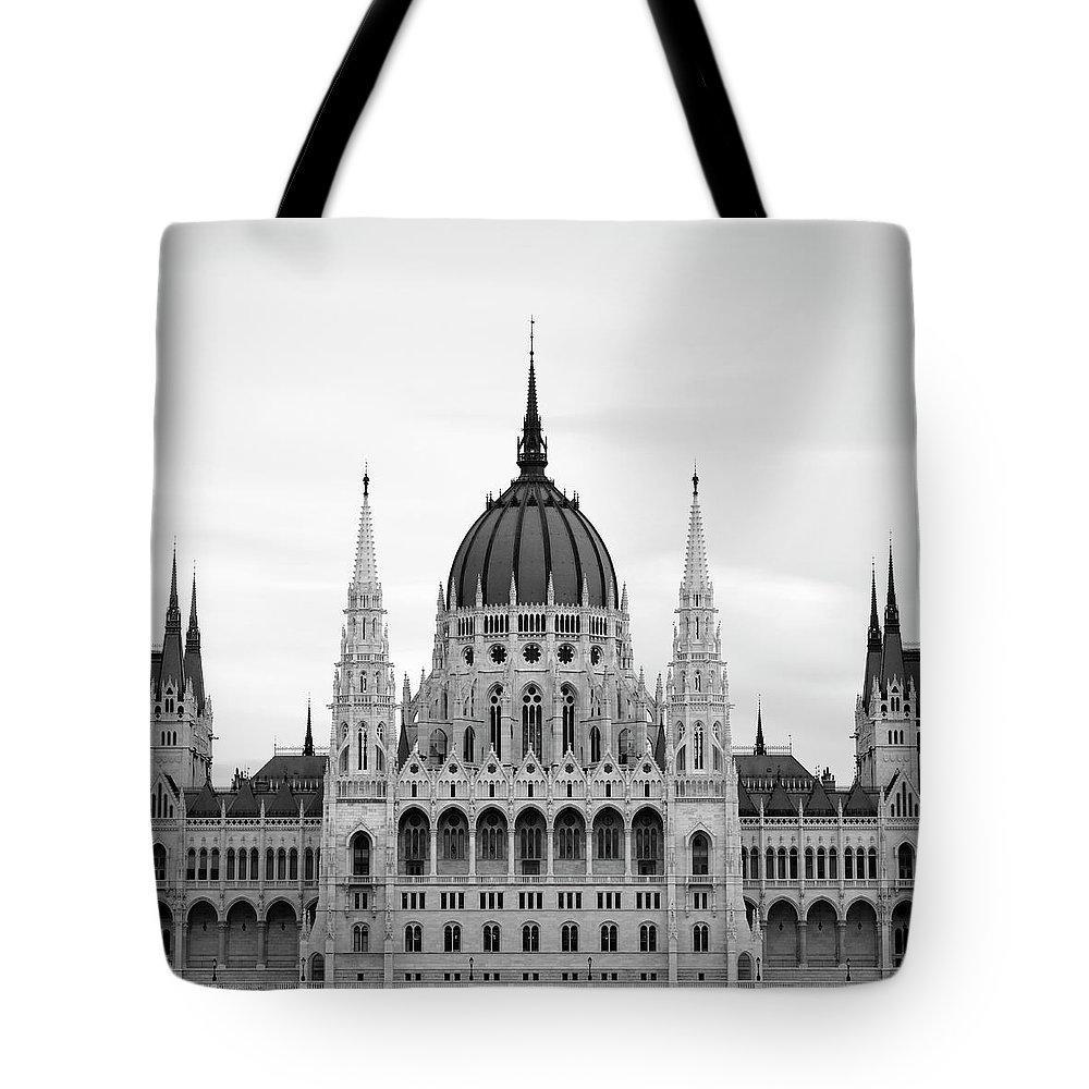Hungarian Parliament Building Tote Bag featuring the photograph Hungarian Parliament Building by Alex Holland