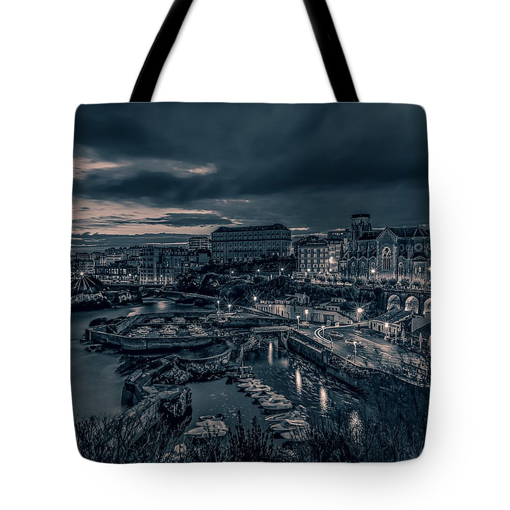 Landscape Tote Bag featuring the digital art In The Silent Harbour by Dariusz Stec