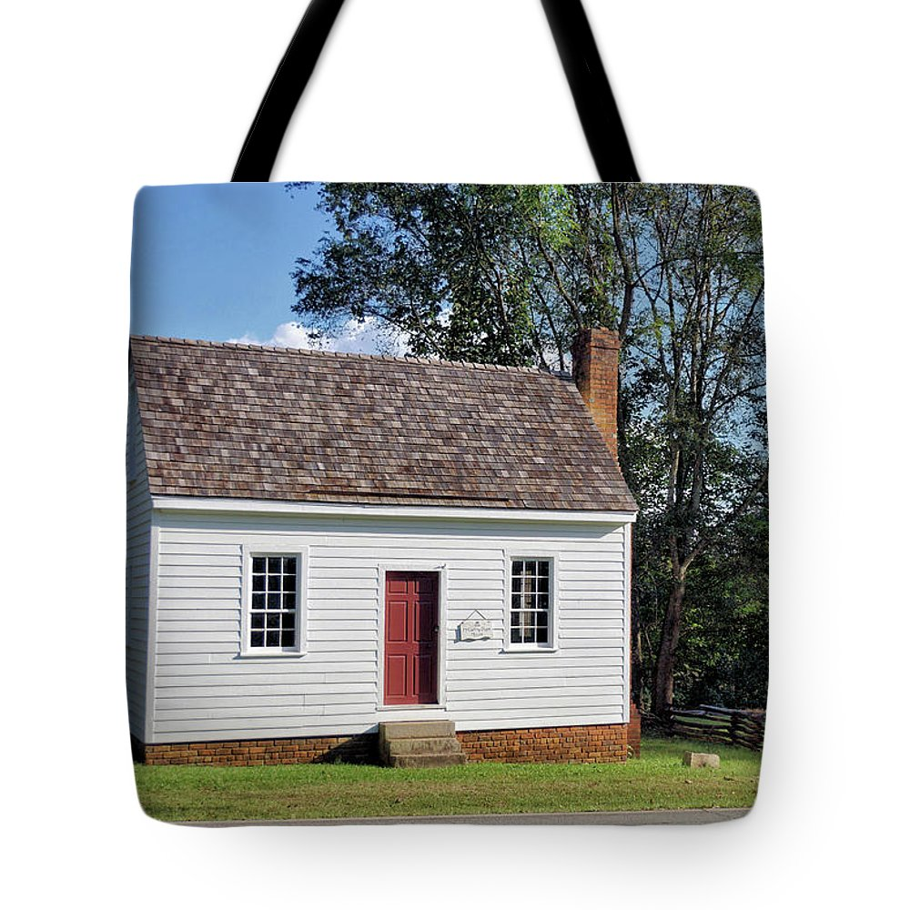 1809 Macarthy-pope House Tote Bag featuring the photograph 1809 Macarthy - Pope House - Clinton, Georgia 2 by John Trommer
