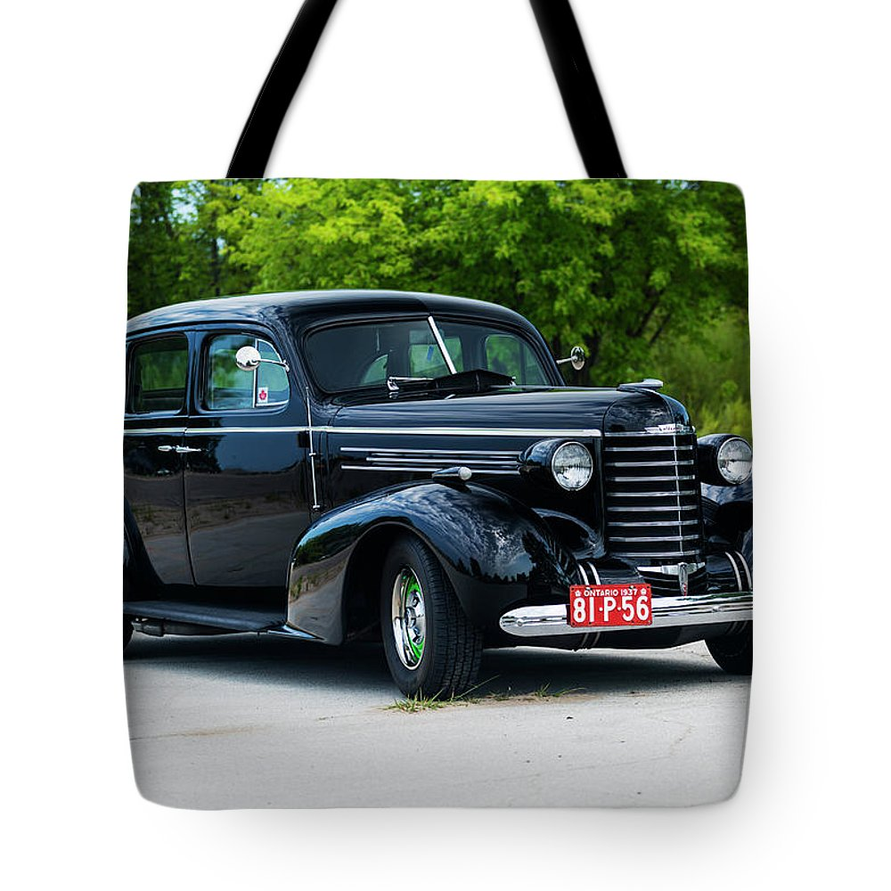 Horizontal Tote Bag featuring the photograph 1937 Oldsmobile F 37 by Performance Image