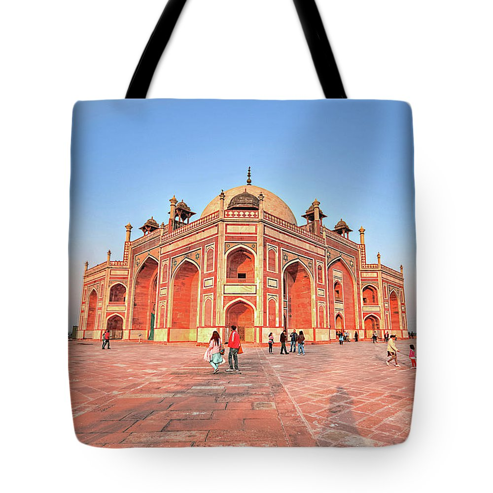 Arch Tote Bag featuring the photograph Humayuns Tomb, New Delhi by Mukul Banerjee Photography