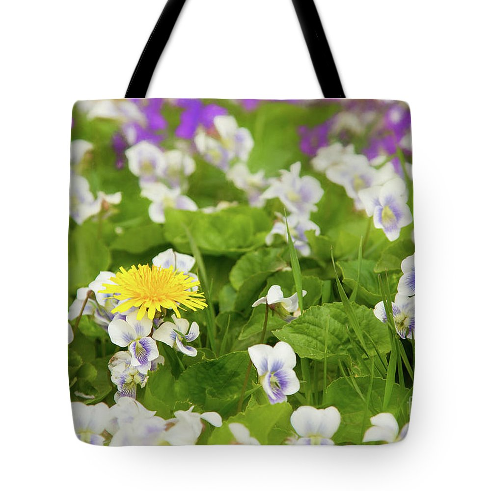 Dandelion Tote Bag featuring the photograph I Choose Spring by Marilyn Cornwell