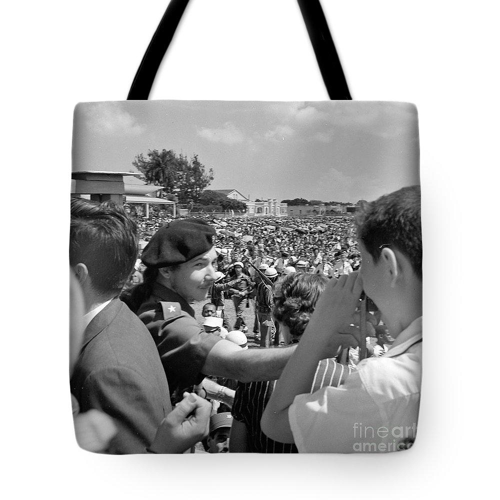 Raul Castro Tote Bag featuring the photograph Raul Castro by Venancio Diaz