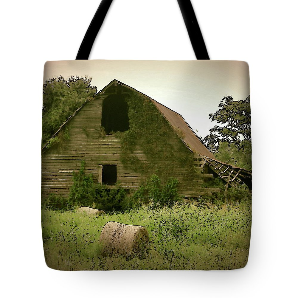 Old Barn Tote Bag featuring the photograph Abandoned Barn And Hay Roll 2018d by Cathy Lindsey