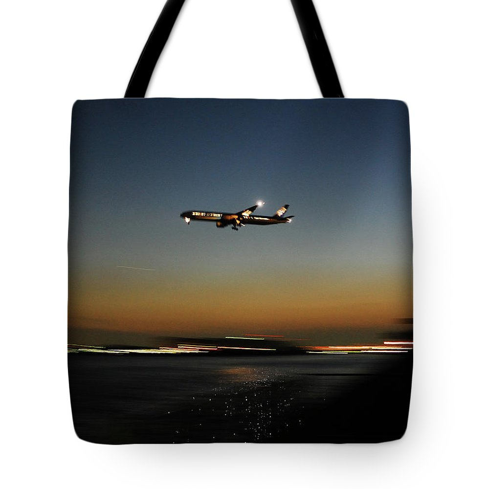 Outdoors Tote Bag featuring the photograph Airplane by Takeshi.k
