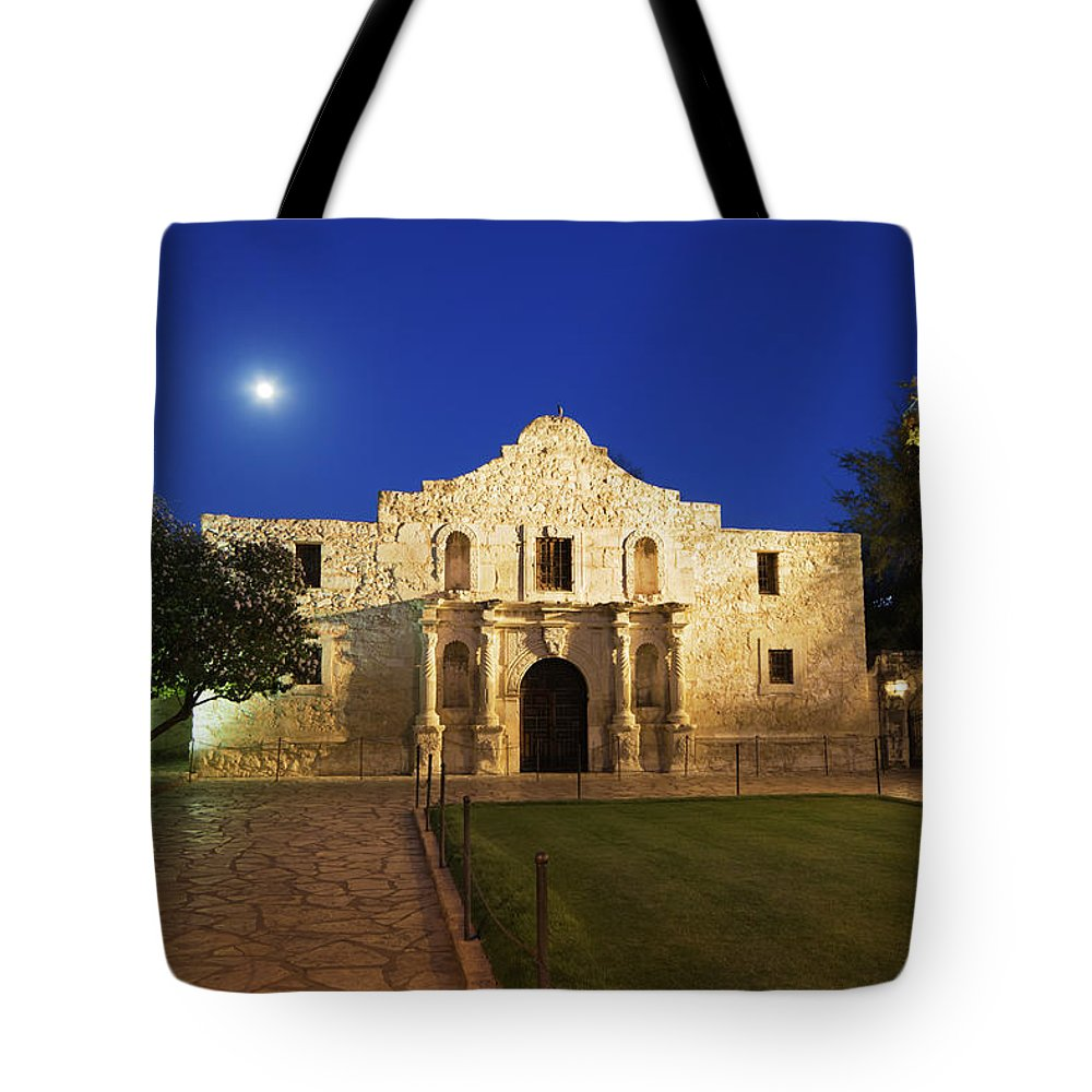 War Tote Bag featuring the photograph Alamo Mission, San Antonio, A Famous by Yinyang