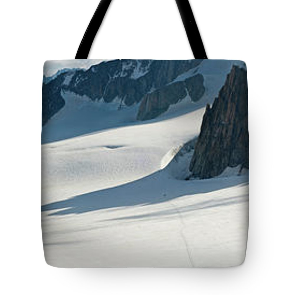 Scenics Tote Bag featuring the photograph Alps Mont Blanc Vall&233e Blanche by Fotovoyager