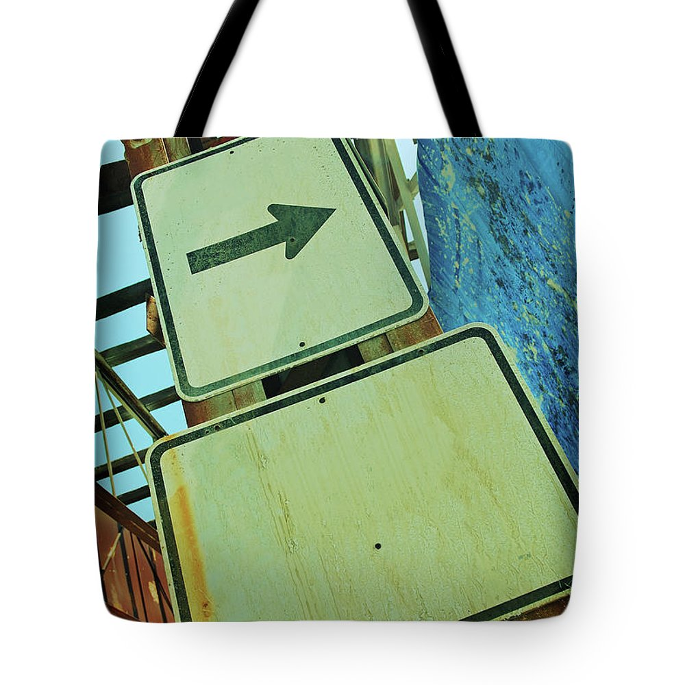Aging Process Tote Bag featuring the photograph Arrow Sign by Naphtalina