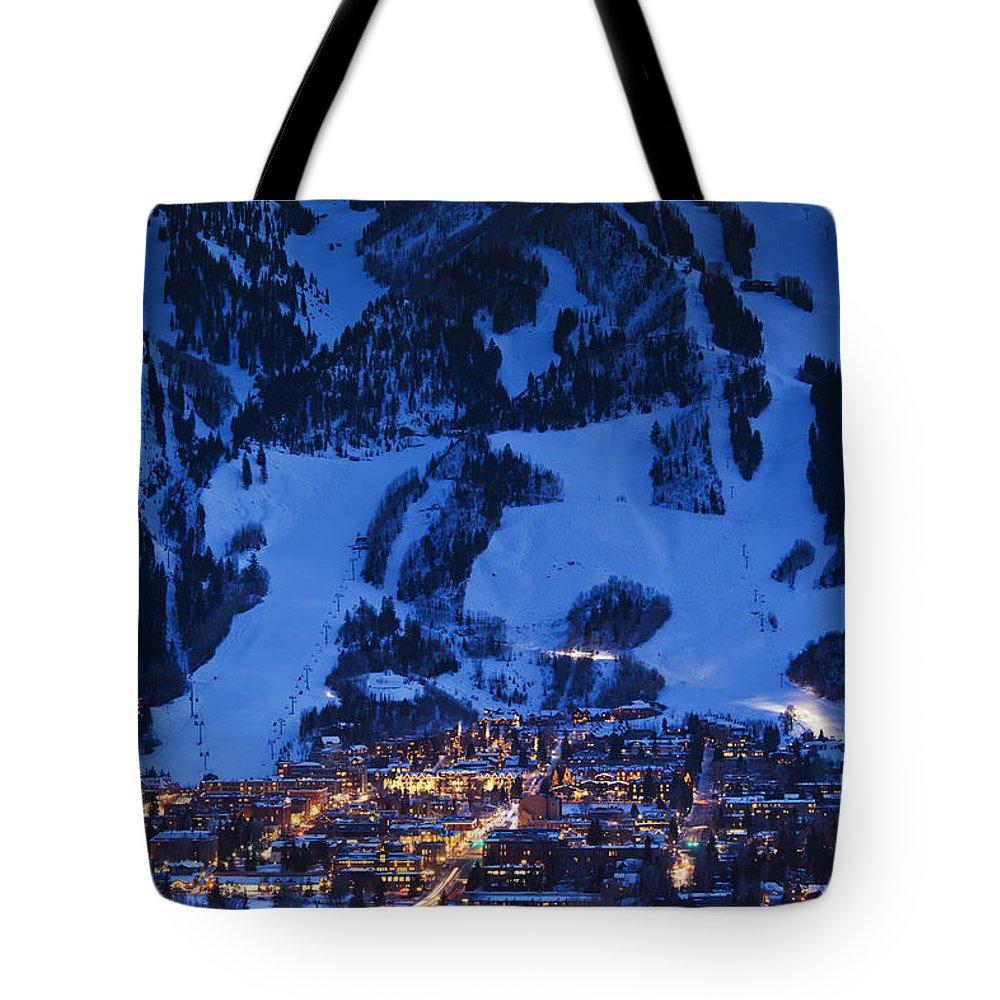 Aspen Tote Bag featuring the photograph Aspen Mountain, Winter by Walter Bibikow