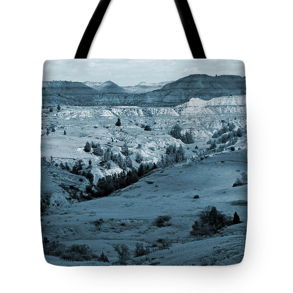 North Dakota Tote Bag featuring the photograph Badlands Shadows And Sunlight by Cris Fulton
