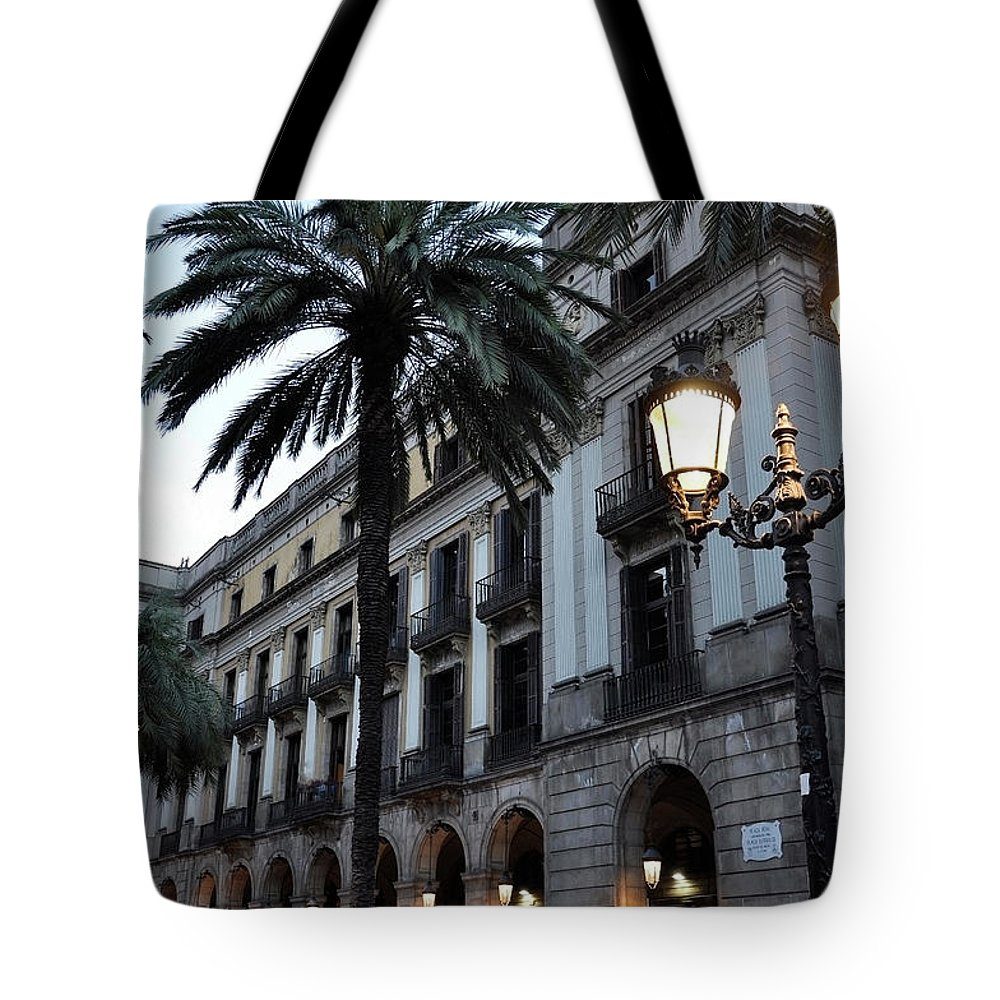 Outdoors Tote Bag featuring the photograph Barcelona, Placa Reial by Stefano Salvetti