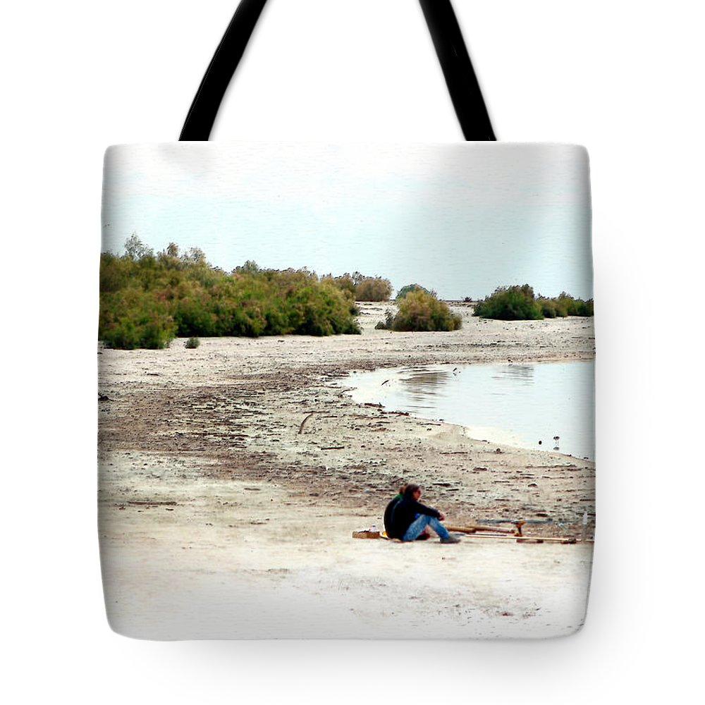 Watercolor Tote Bag featuring the photograph Beach Goers-The Salton Sea in Digital Watercolor by Colleen Cornelius