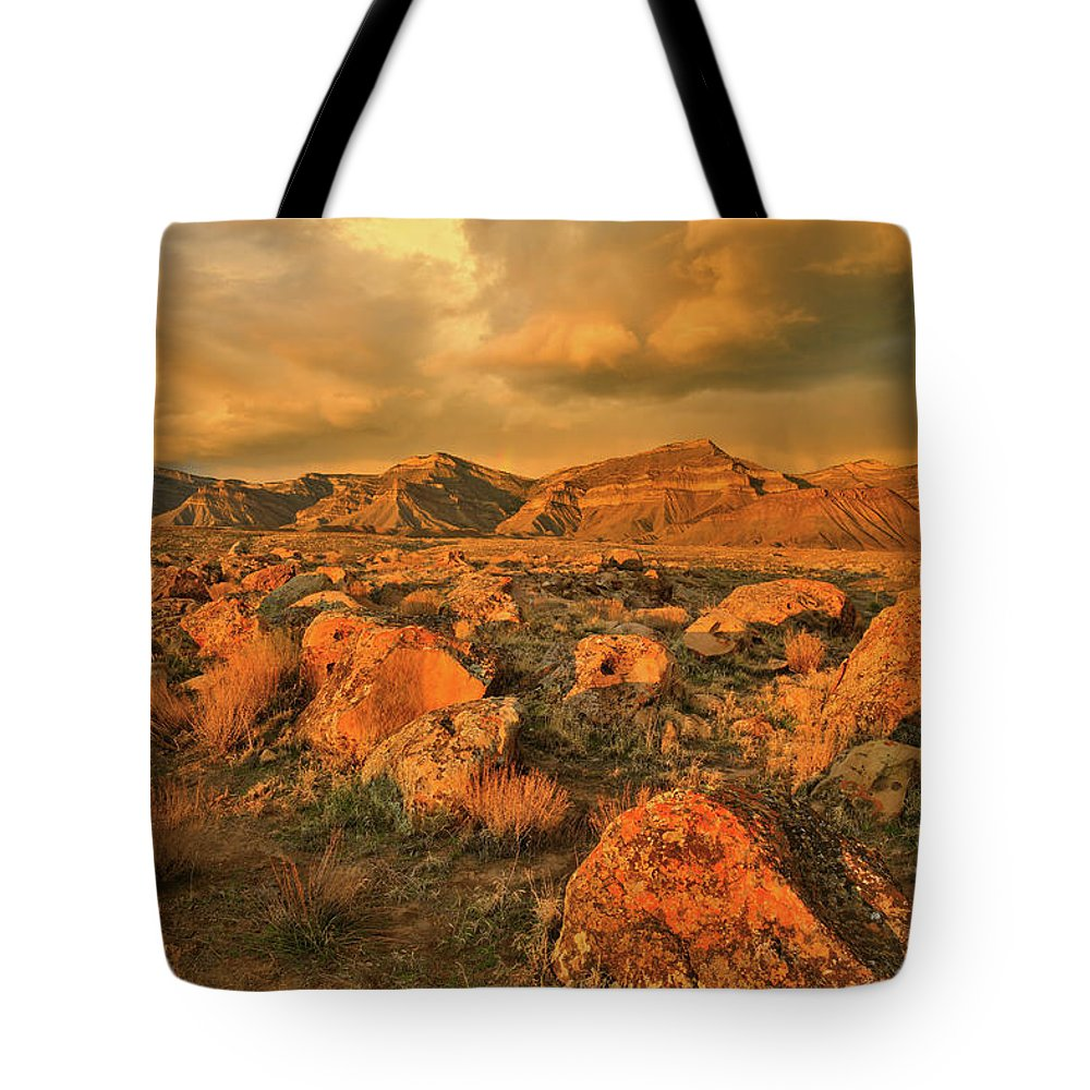Grand Junction Tote Bag featuring the photograph Beautiful Evening At The Book Cliffs by Ray Mathis