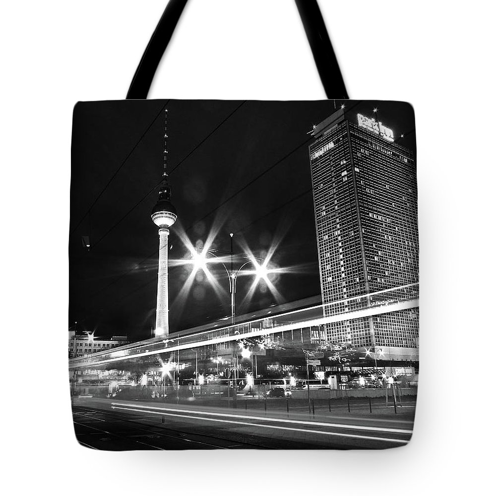 Alexanderplatz Tote Bag featuring the photograph Berlin Alexanderplatz At Night by Bernd Schunack