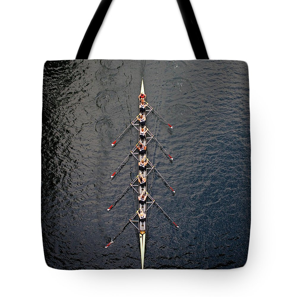Viewpoint Tote Bag featuring the photograph Boat Race by Fuse