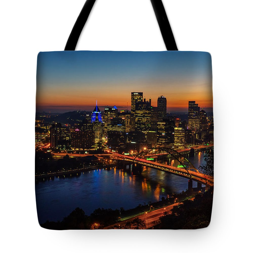 Pittsburgh Tote Bag featuring the photograph Break of Day - Pittsburgh by Amanda Jones