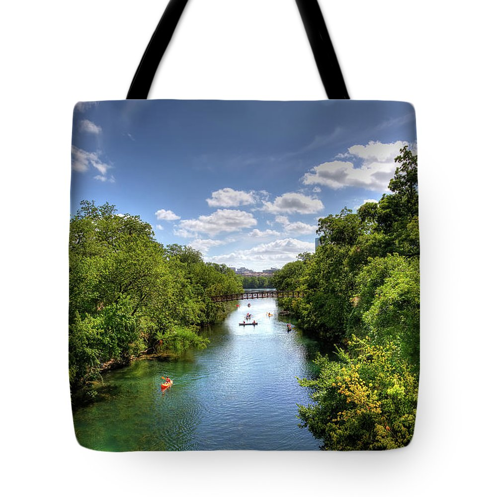 Recreational Pursuit Tote Bag featuring the photograph Canoes On Town Lake In Downtown Austin by Metschan