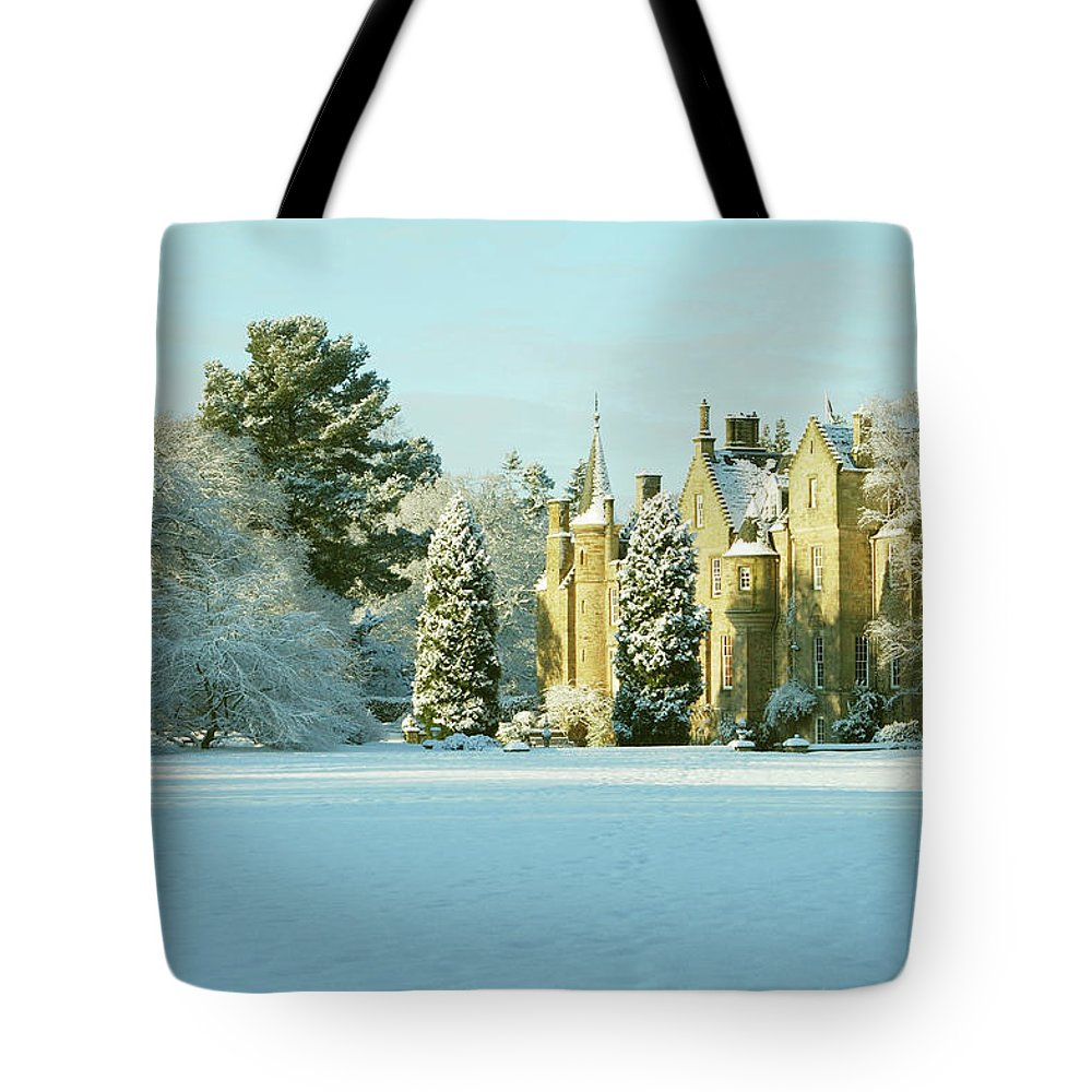 Carberry Tote Bag featuring the photograph Carberry Tower In Late Afternoon Sunshine by Victor Lord Denovan