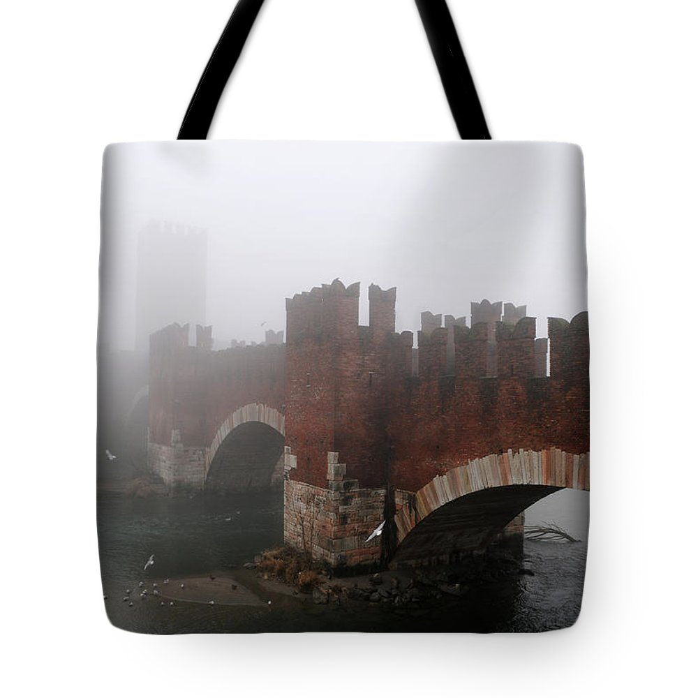 Arch Tote Bag featuring the photograph Castelvecchio Bridge by Stefano Zuliani Photo