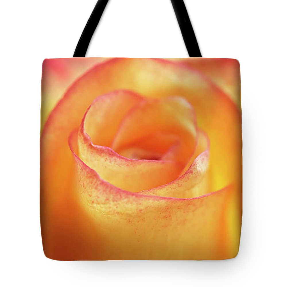 Flower Tote Bag featuring the photograph Center Of Attention by Tashina Van Zwam