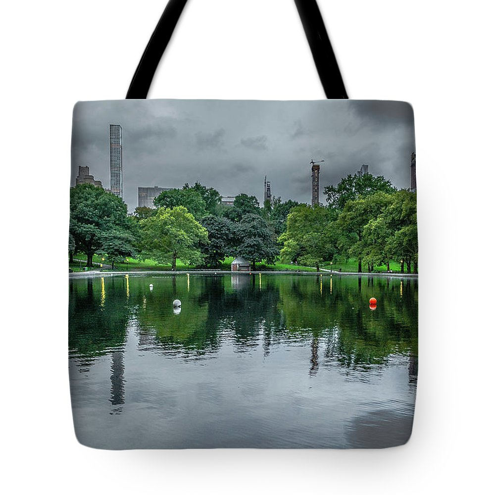 Wall Art Tote Bag featuring the photograph Central Park Reflections by Angeles Gutierrez