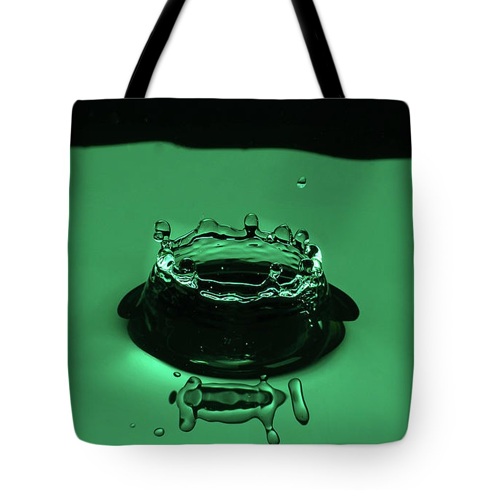Dynamic Tote Bag featuring the photograph Circle Water Dance Green by Louis Cruz III